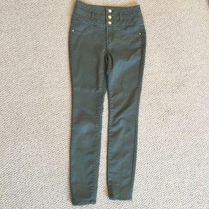 Size 2 Refuge High Waisted Jeans